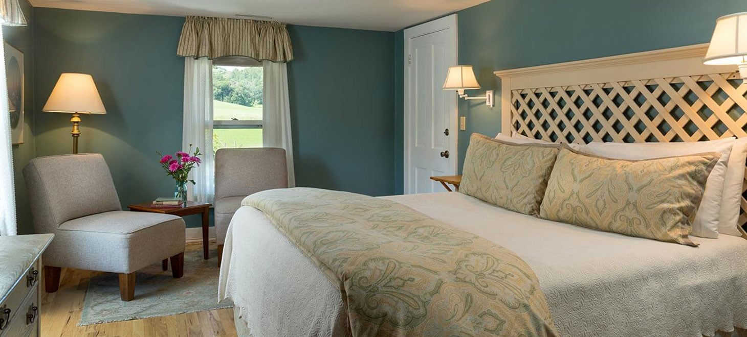 Wisconsin Bed and Breakfast King Suite with Whirlpool Tub