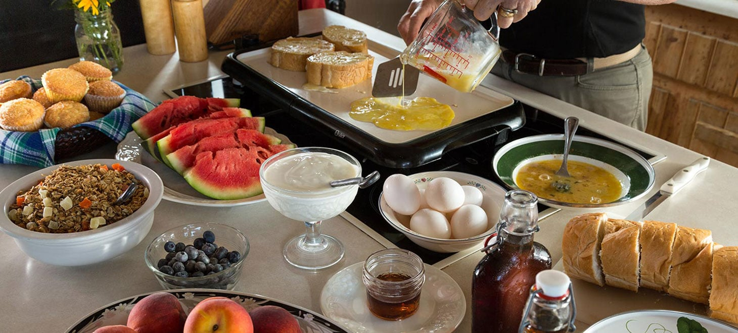 Wisconsin Bed and Breakfast Farmhouse Breakfast