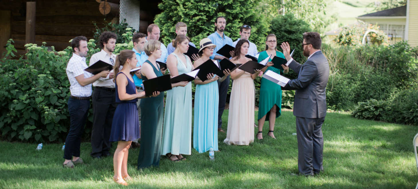 choir performing, Justin Trails Resort wedding venue