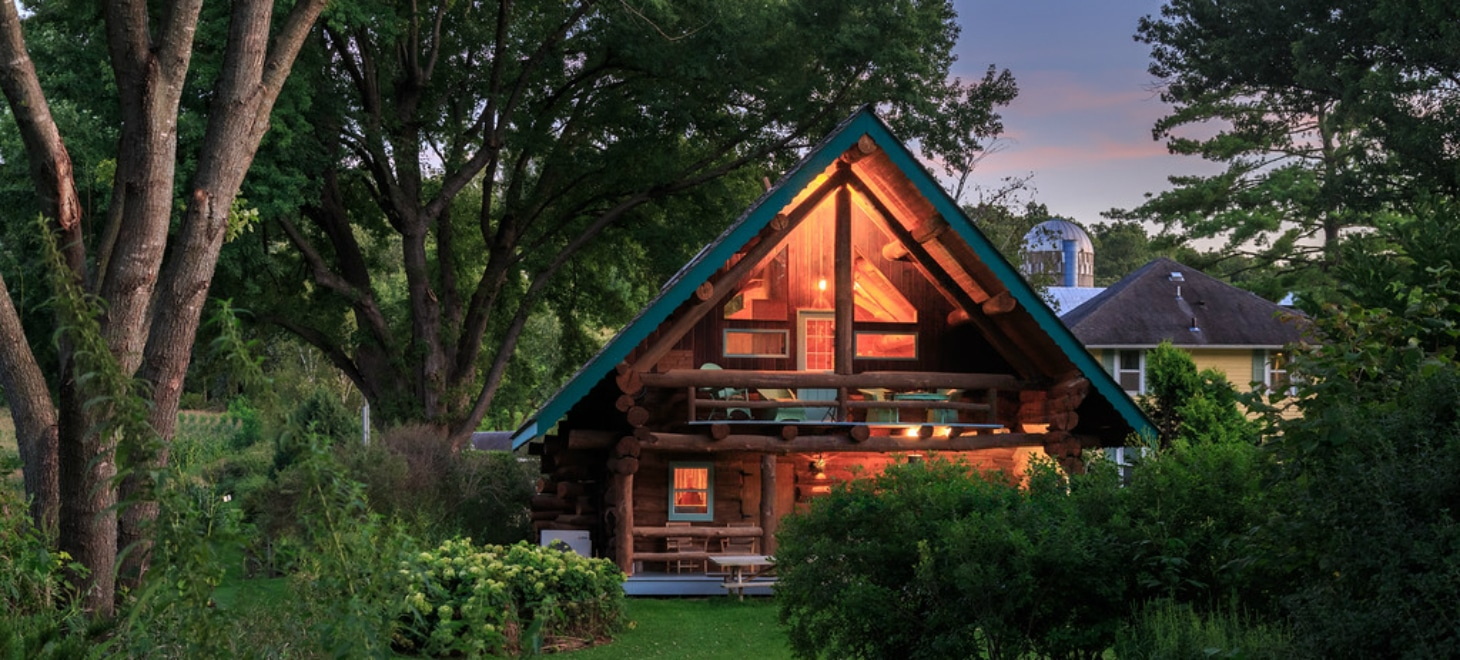 Wisconsin Bed and Breakfast Log Cabin