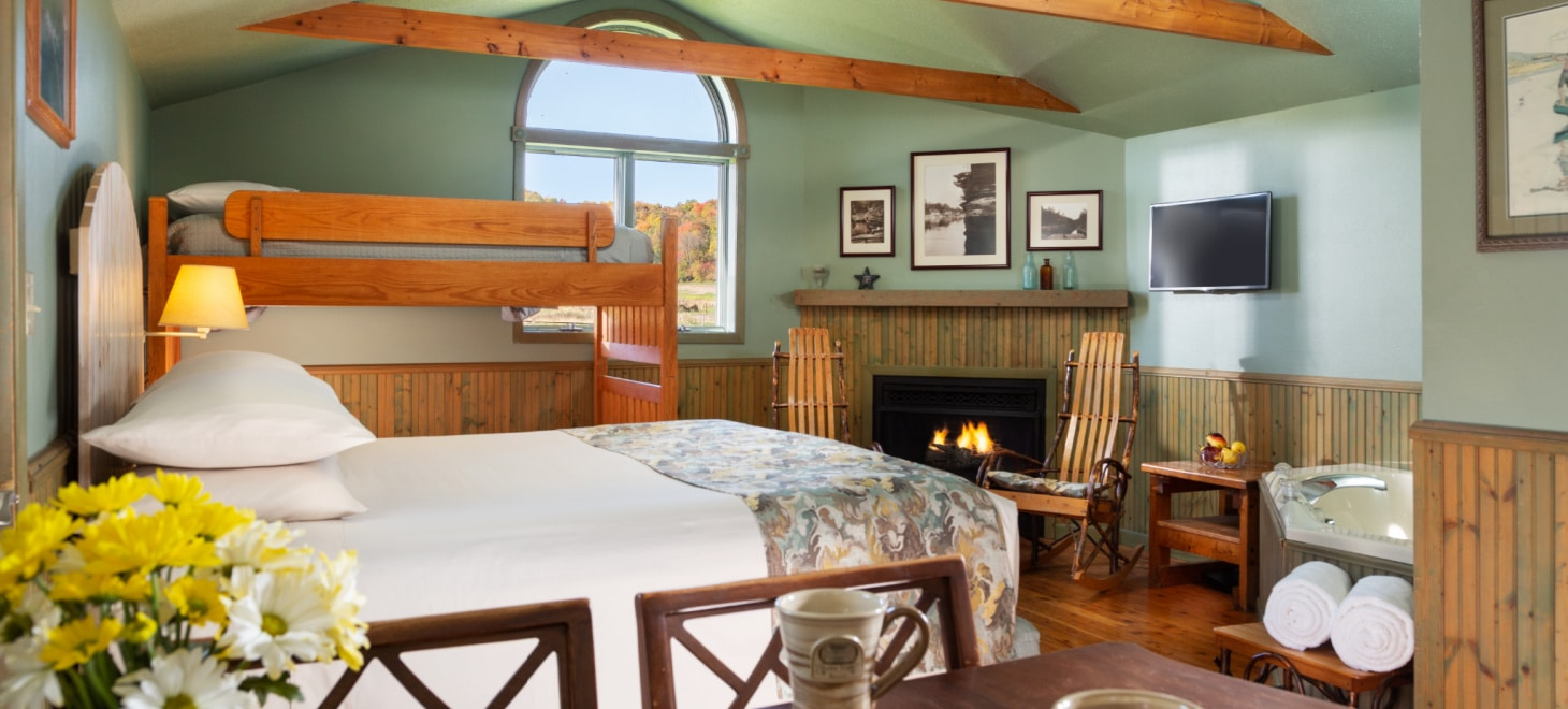 Best Vacation Spots in Wisconsin for a Cottage Stay