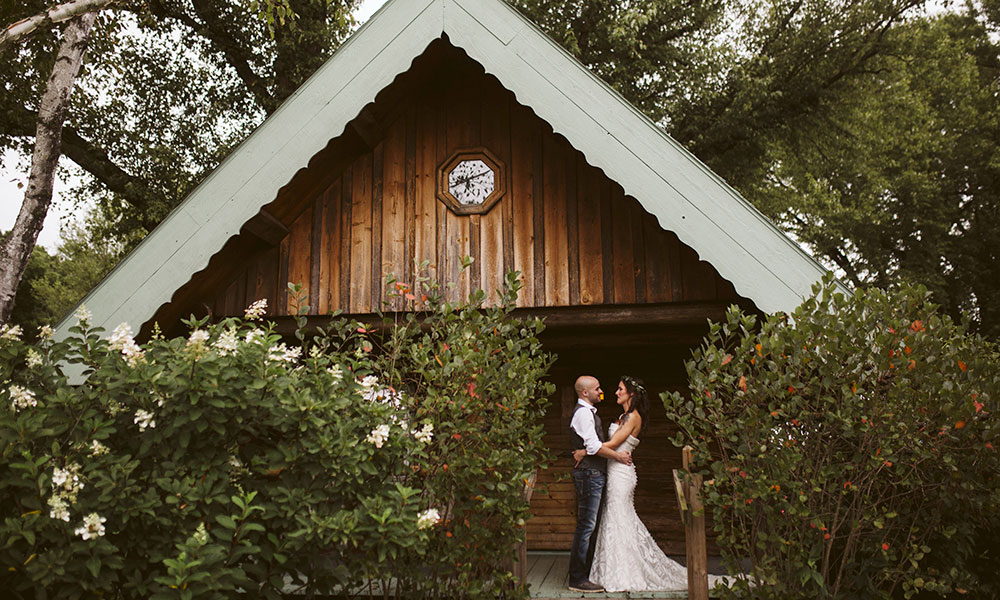 Wisconsin Barn Weddings